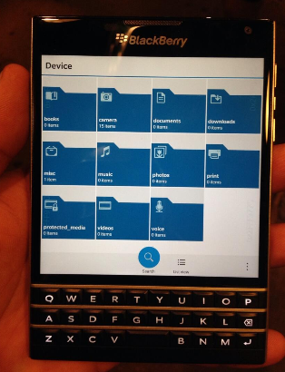 1403988796_more-pictures-and-video-of-the-blackberry-passport-2.jpg