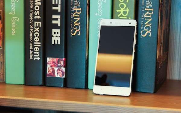 1406032214_xiaomi-mi-4-hands-on-and-official-press-photos-3.jpg