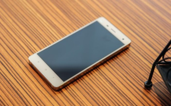 1406032581_xiaomi-mi-4-hands-on-and-official-press-photos-5.jpg
