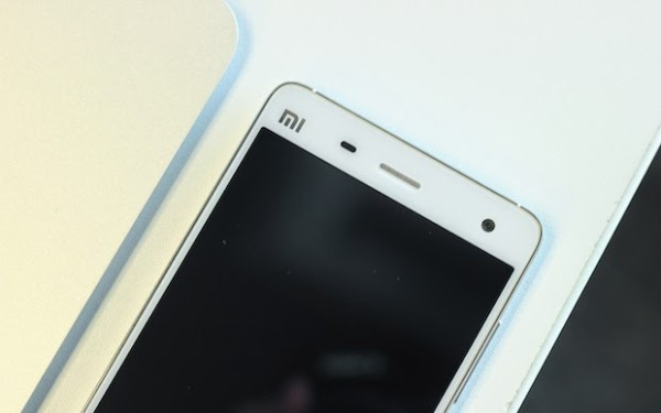 1406032587_xiaomi-mi-4-hands-on-and-official-press-photos-6.jpg