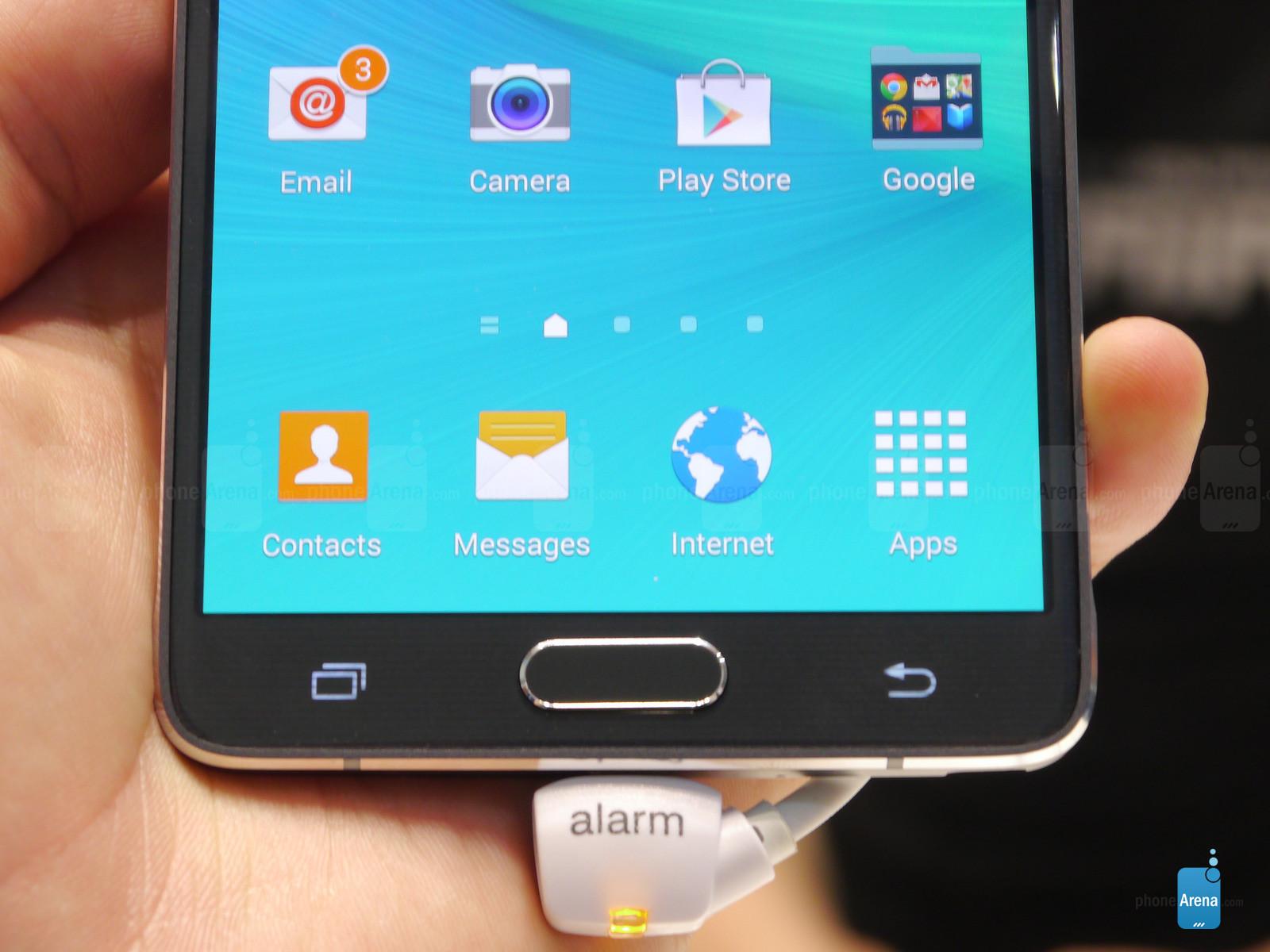 1410188080_fingerprint-scanner-in-the-home-button.jpg