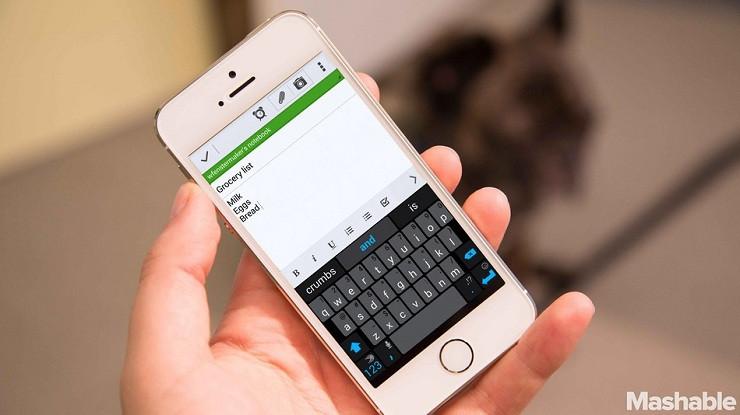 1411213148_iphone-swype.jpg