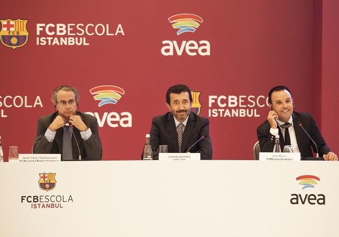 1411631894_fcbescola-istanbul-avea-1.jpg
