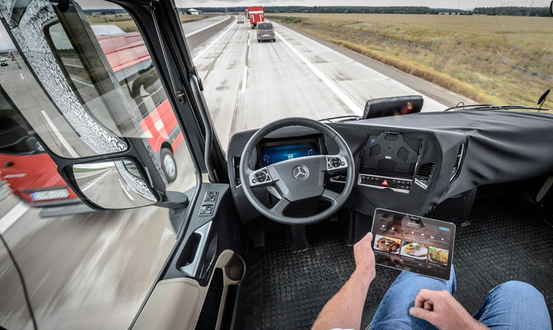 1412766841_mercedes-benz-future-truck-2025-3-1.jpg