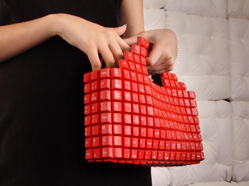 1413141633_handbag.jpg