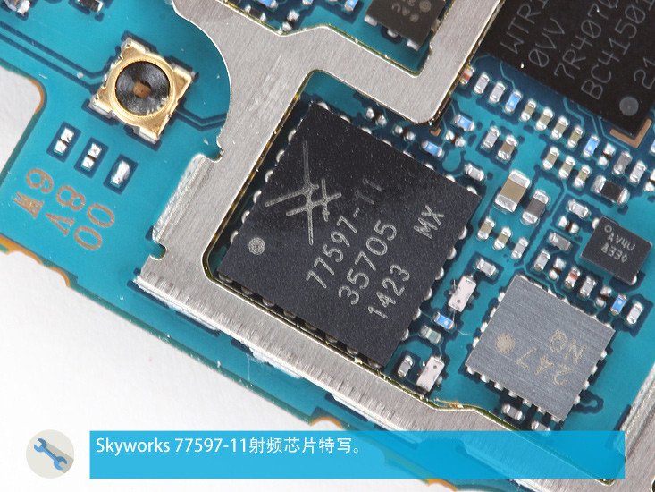 1413902371_samsung-galaxy-note-4-teardown-16.jpg