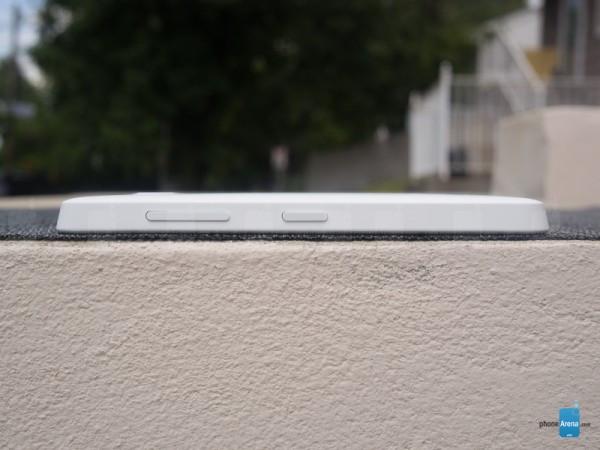 1414661174_nokia-lumia-635-9.jpg