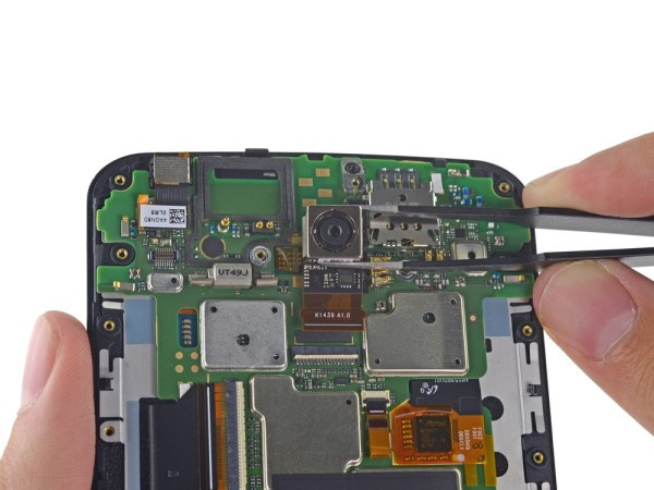 1416842621_google-nexus-6-disassembled-by-ifixit-11.jpg