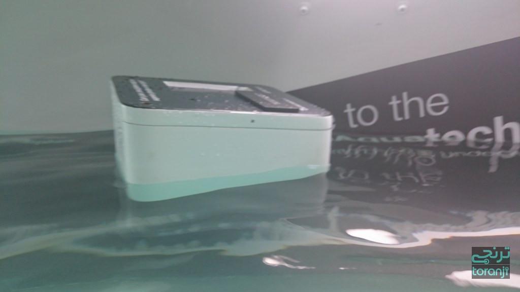 1417805039_sony-aquatech-store-10.jpg