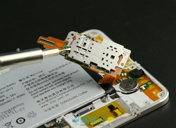 1418650847_vivo-x5-max-teardown-9.jpg