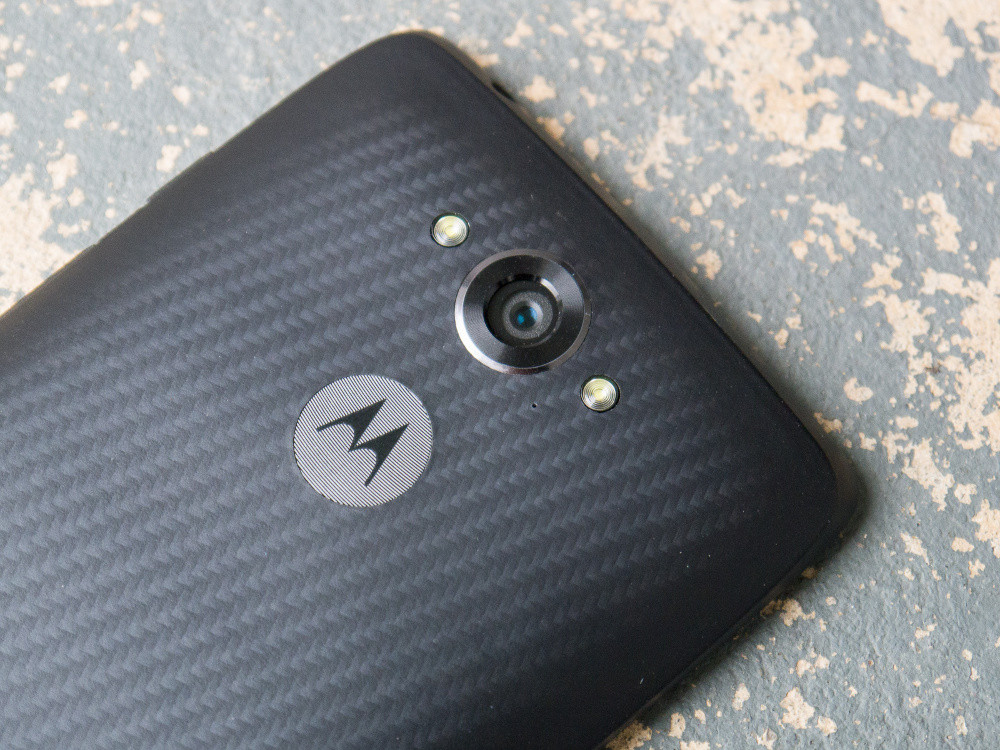 1419167951_motorola-droid-turbo-20.7mp.jpg