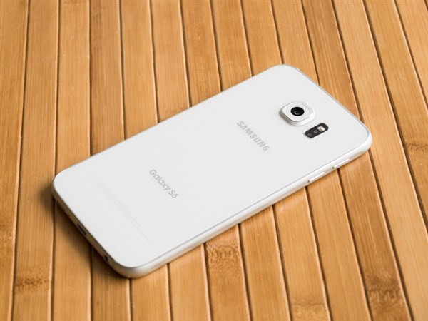 1428342044_galaxy-nbsps6-and-s6-edge-stress-test-videos-and-design-shots-6.jpg