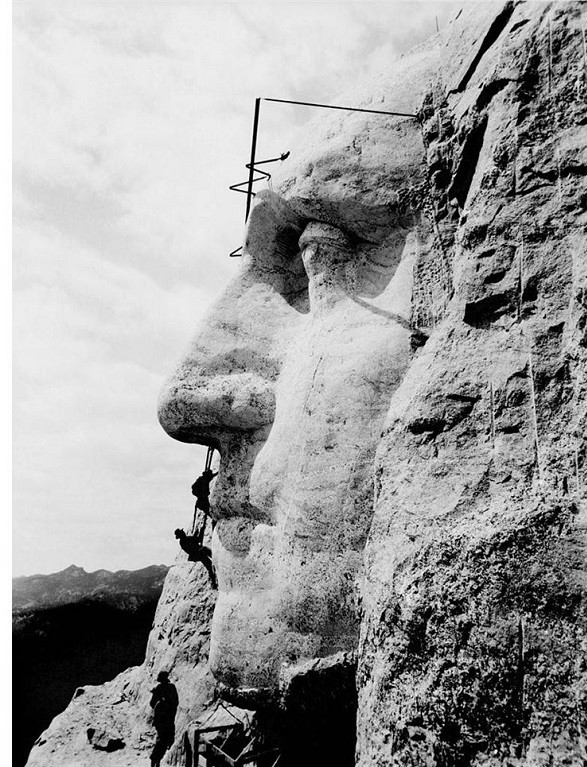 1429119077_15-of-the-rarest-and-most-mind-blowing-photographs-in-history-7.jpg