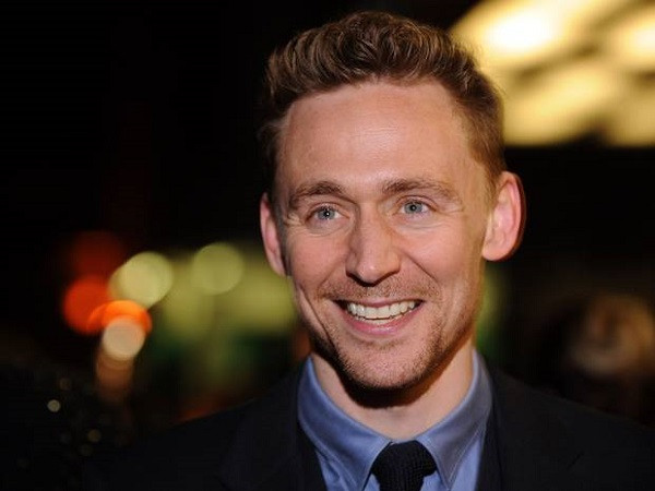 1430830762_tom-hiddleston.jpg