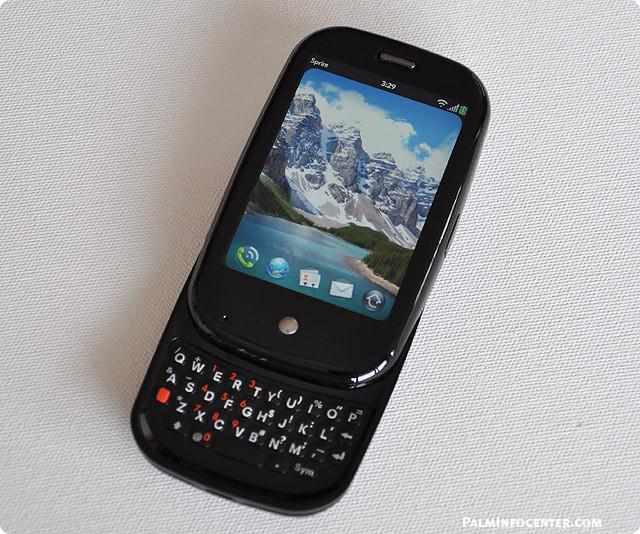 1438183580_palm-pre-review-2.jpg
