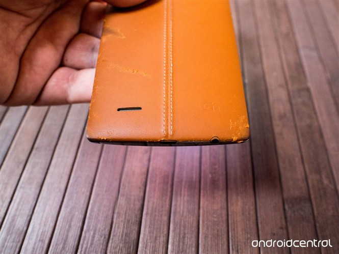 1439994093_lg-g4-leather-back-covers-after-some-use.jpg