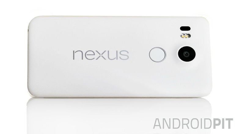 1441717436_is-this-the-final-design-of-the-nexus-5-2015.jpg