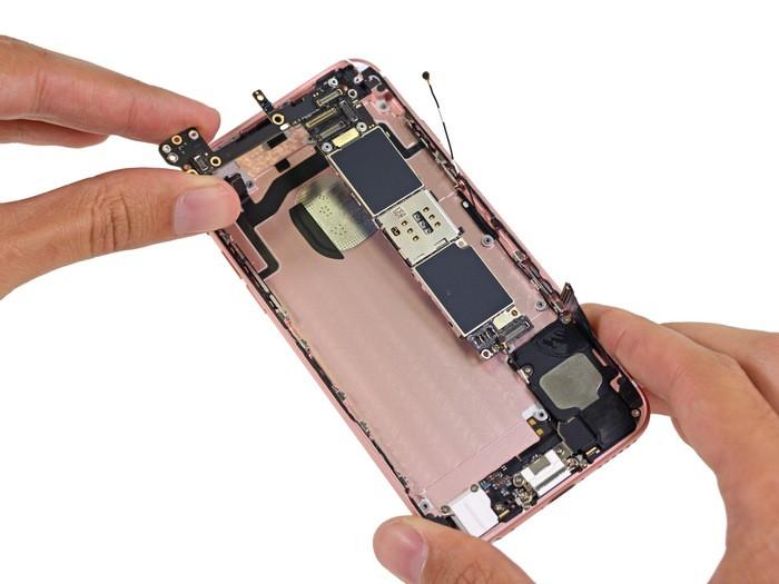 1443265092_apple-iphone-6s-teardown-21.jpg
