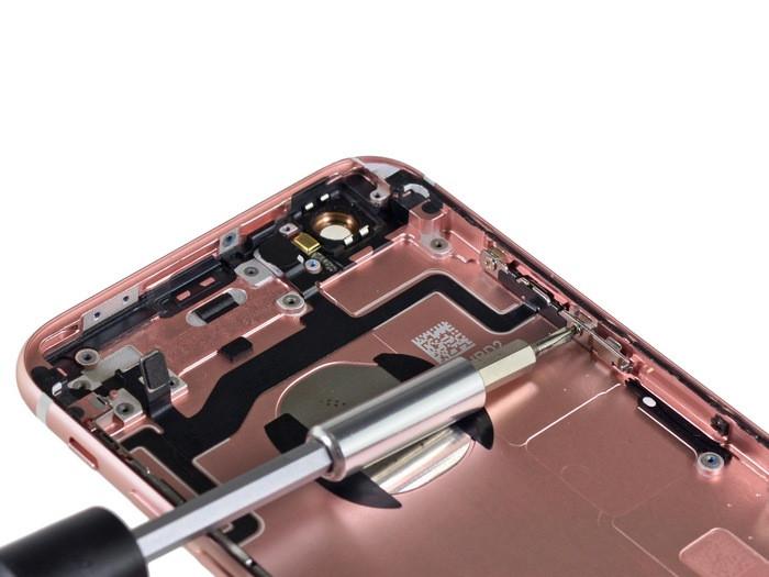 1443265117_apple-iphone-6s-teardown-24.jpg