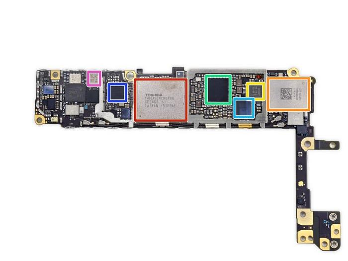 1443265186_the-rear-of-the-logic-board.jpg