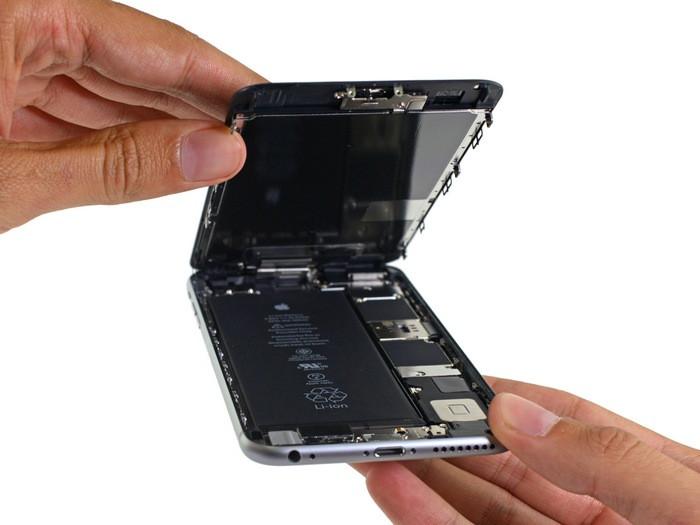 1443519169_apple-iphone-6s-plus-teardown-3.jpg