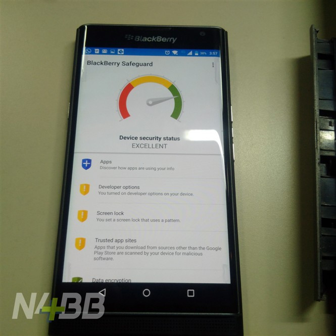 1444113913_blackberry-priv-leaked-hands-on-photos-plus-official-images-2.jpg