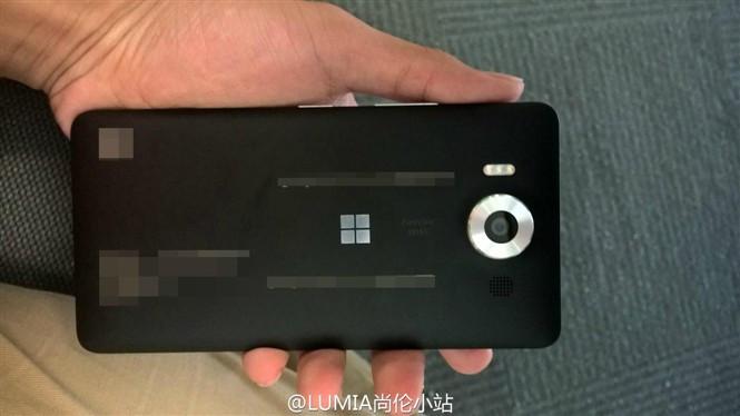 1444127610_lumia-950-and-950-xl-2.jpg