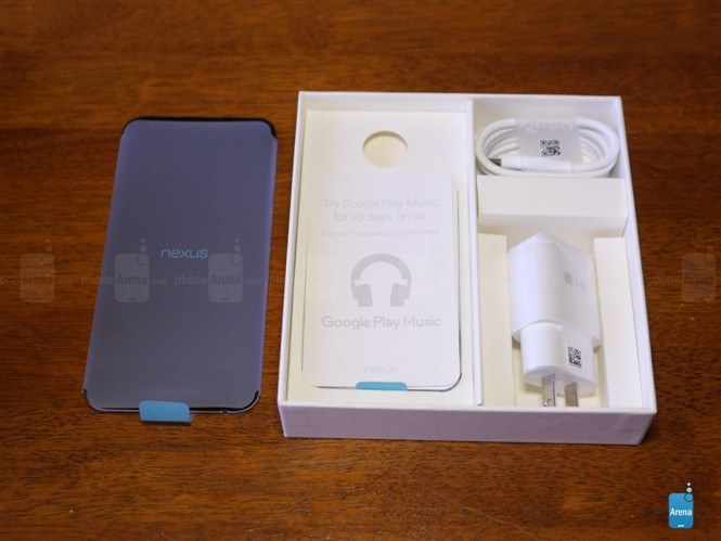 1445246299_google-nexus-5x-unboxing-19.jpg