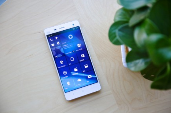 1449135891_turn-your-xiaomi-mi-4-into-a-windows-10-mobile-device-with-microsofts-rom-1.jpg