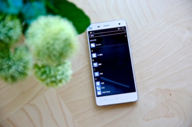 1449136119_turn-your-xiaomi-mi-4-into-a-windows-10-mobile-device-with-microsofts-rom-5.jpg