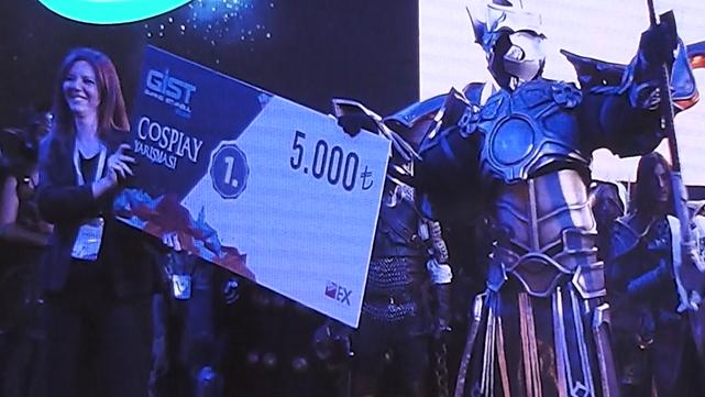 1454876687_cosplay-yarisma-kazanani.png