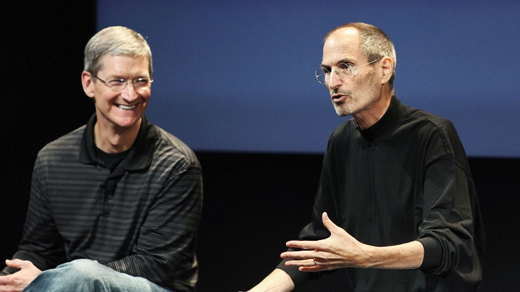 1455614993_3043628-poster-p-1-tim-cook-tried-to-offer-steve-jobs-a-portion-of-his-liver.jpg