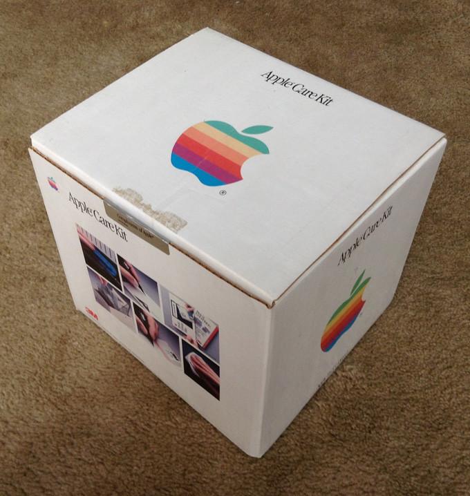 1458586917_apple-care-kit.jpg