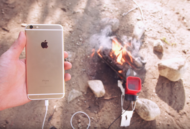 1462274389_iphone-fire-charger.png