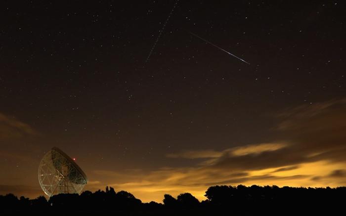 1470341198_perseid-meteor-12642212k.jpg