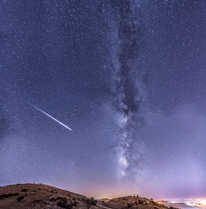 1470341211_perseid-meteor-2015-lebanon-skafi.jpg