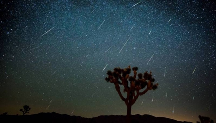 1470926945_00-perseid-meteor-shower-yagmur-1439399203.jpg