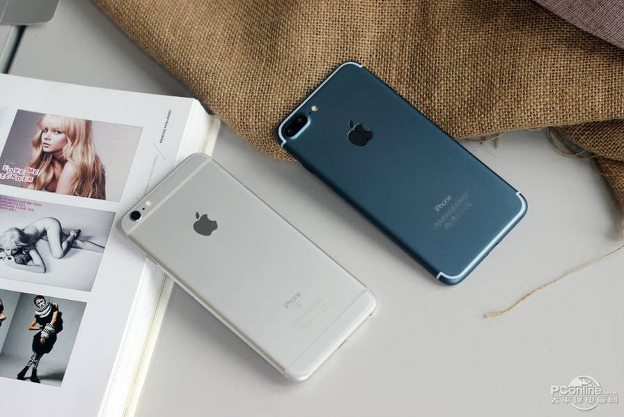 1471427639_alleged-iphone-7-plus-in-deep-blue-3.jpg