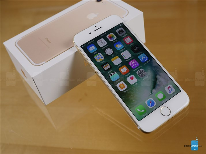 1474127441_apple-iphone-7-unboxing-2.jpg