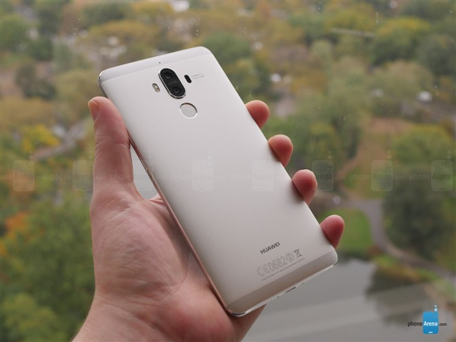 1478183235_huawei-mate-9-hands-on-gallery-2.jpg