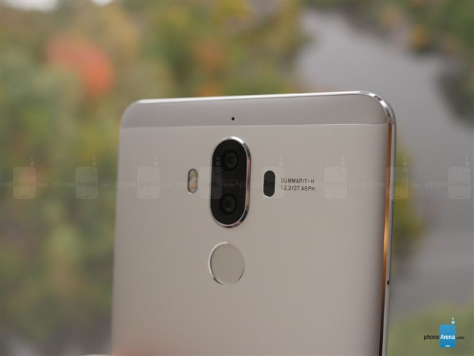 1478183419_huawei-mate-9-hands-on-gallery-12.jpg