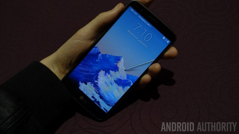 1483536588_lg-stylo-3-hands-on-ces-2017-the-wrong-timezone-792x446.jpg