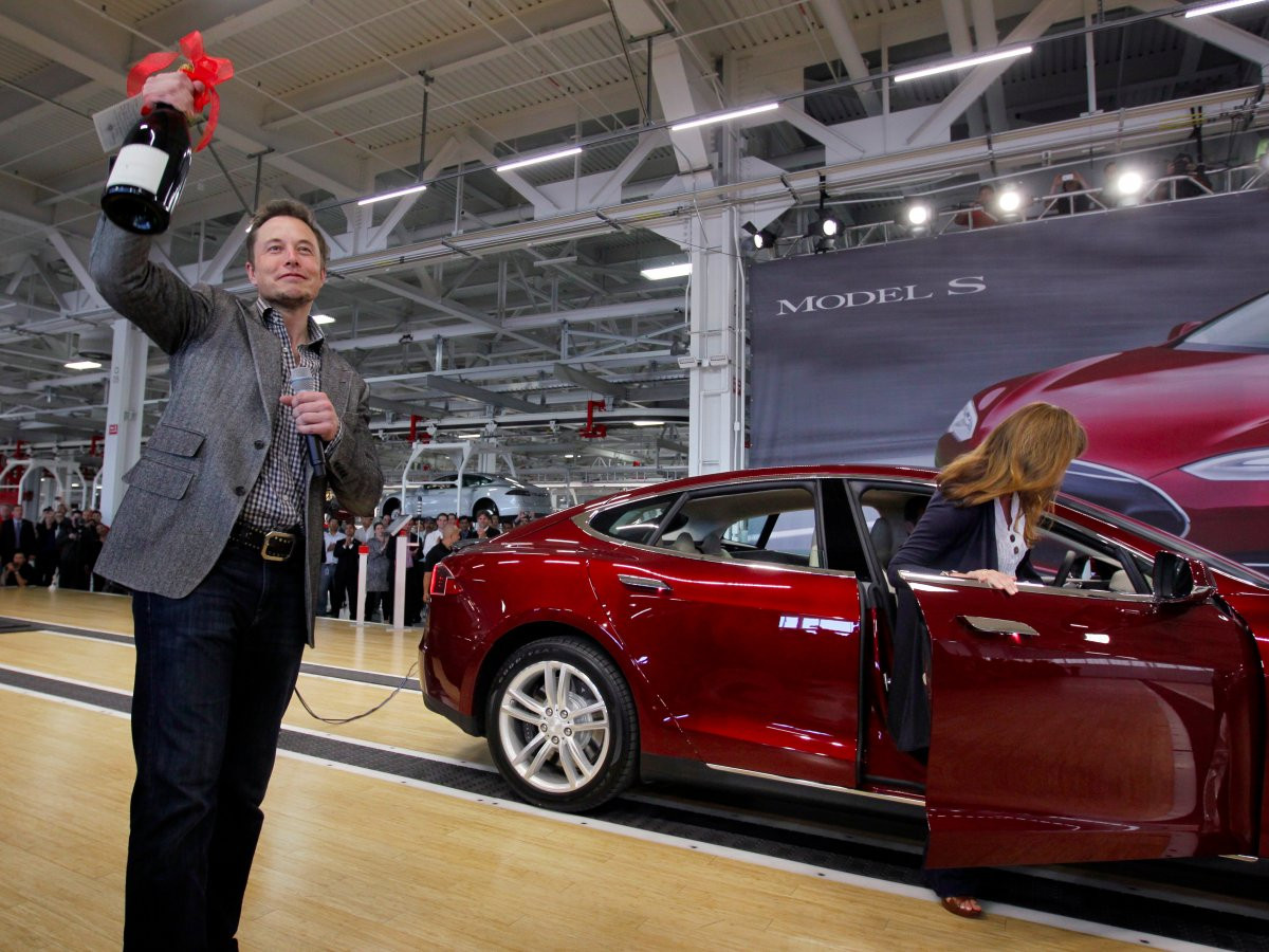 1487246239_in-june-2012-tesla-began-delivery-of-its-model-s-its-second-long-range-electric-car.jpg