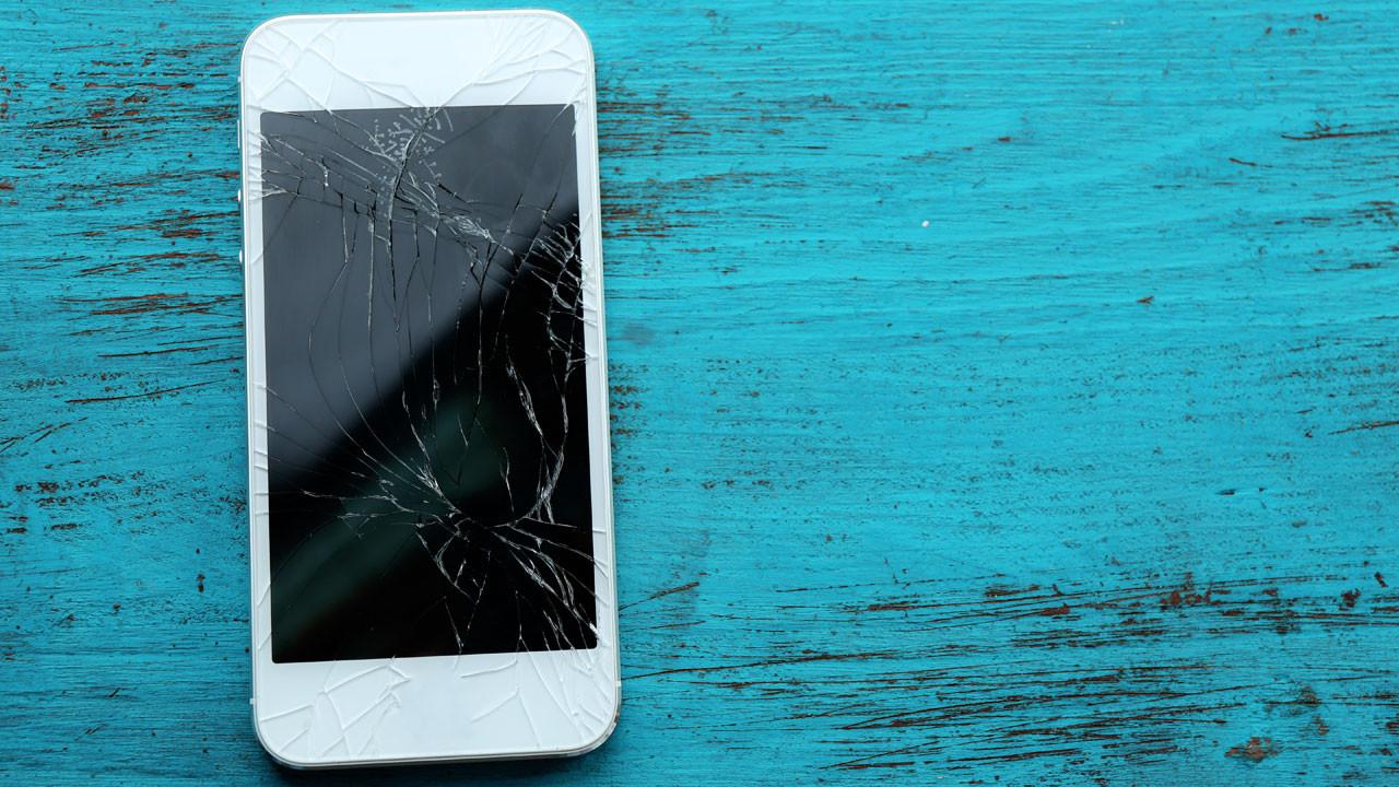 1489563369_broken-phone.jpg