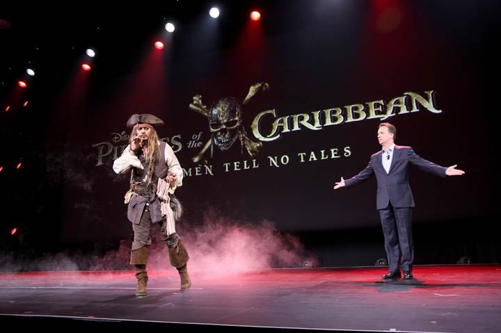 1491060631_pirates-of-the-caribbean-dead-men-tell-no-tales-filminden-ilk-tanitim-geldi865980.jpg