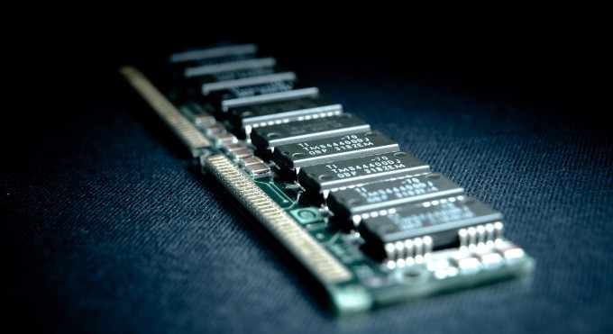 1491894365_ram-memory-chip.jpg