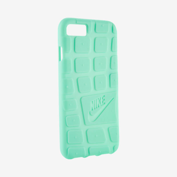 1494833670_roshe-apple-iphone-7-case-in-green-glow.jpg