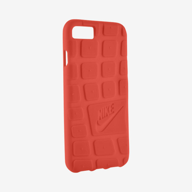 1494833673_roshe-apple-iphone-7-case-in-team-crimson.jpg