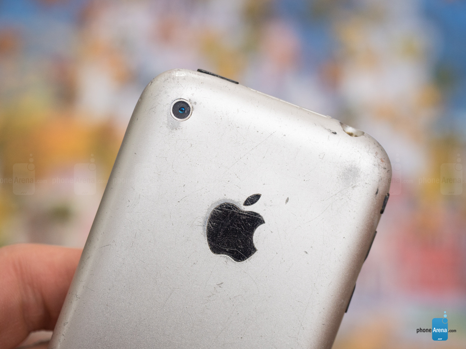 1498804005_bruised-and-battered-but-not-broken-10-years-on-my-iphone-2g-still-works.jpg