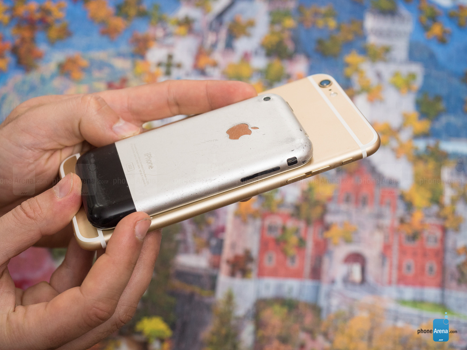 1498804063_bruised-and-battered-but-not-broken-10-years-on-my-iphone-2g-still-works-4.jpg